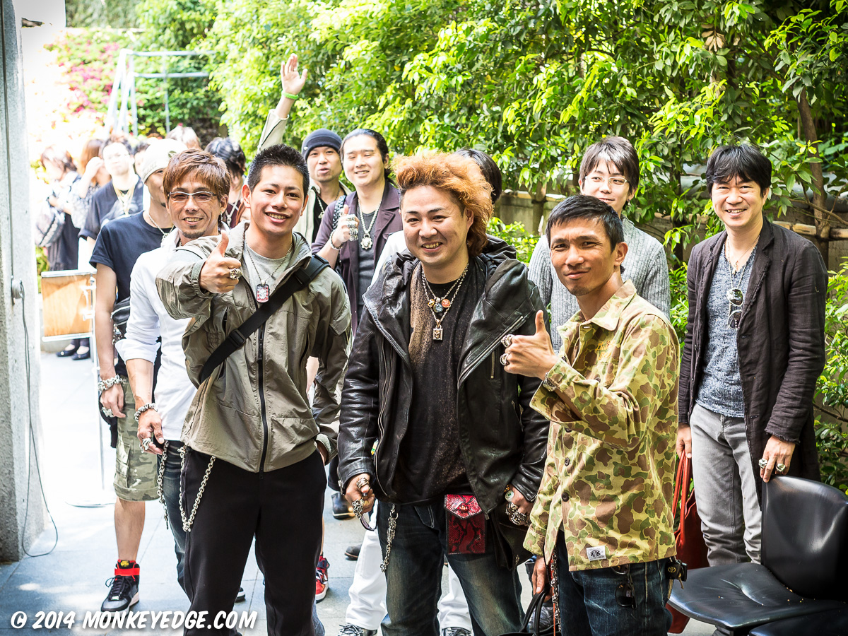 Line of Patrons waiting for Starlingear Japan Trunk Show 2014